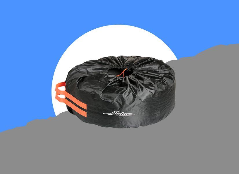 Чехлы для колес, чтобы переобуться и аккуратно все убрать
